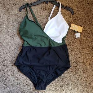 Kona Sol NWT Swimsuit Size Medium Color Block